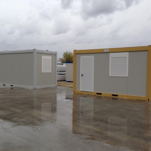 Resistant prefabricated monoblock